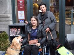 IJssalon Häagen-Dazs slaat mea culpa na weigering rolstoelgebruikster met assistentiehond